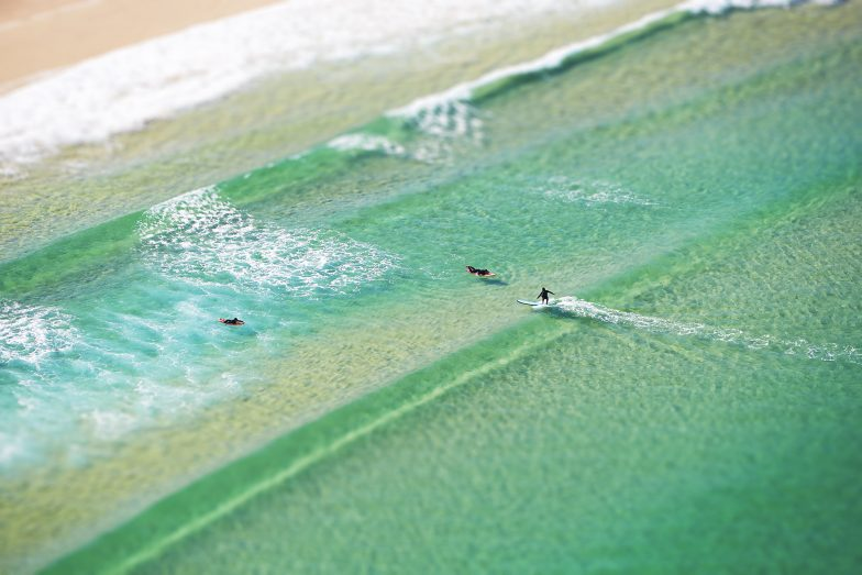 Surfing Glass Aquabumps 01q3566