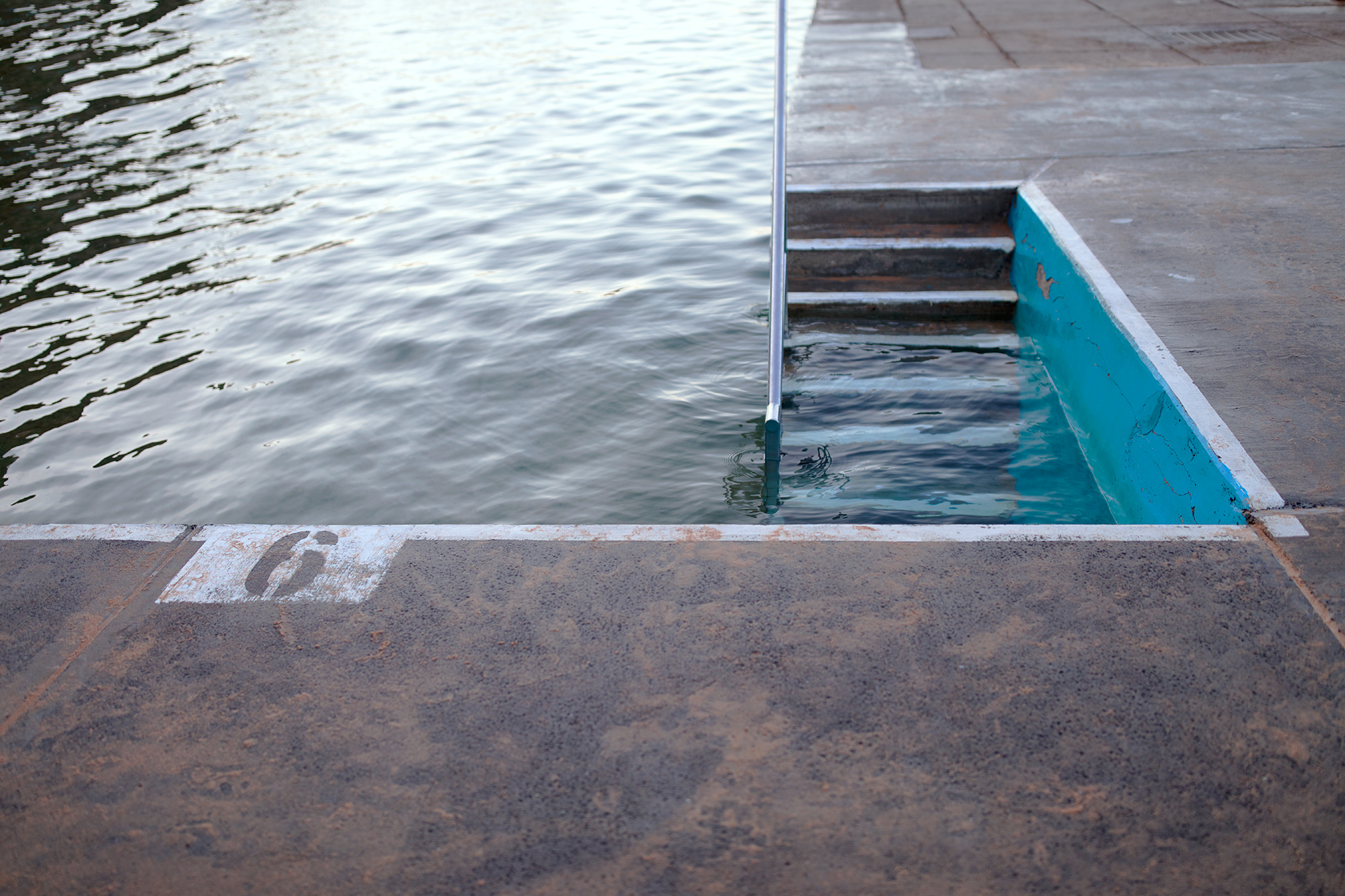 Queenscliff Pool Steps Aquabumps s1a5392