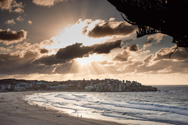 Break through, Bondi 6:40am