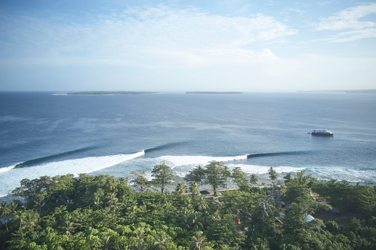 The island wrap, Southern Mentawais
