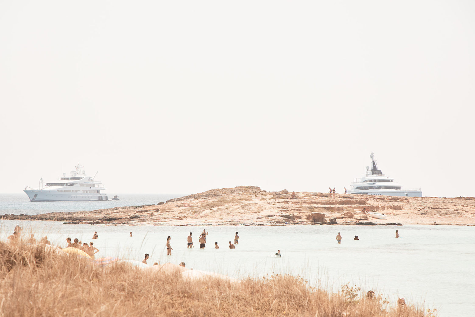 Everywhere you look, Mega Yachts lurk (they are always as the best spots)
