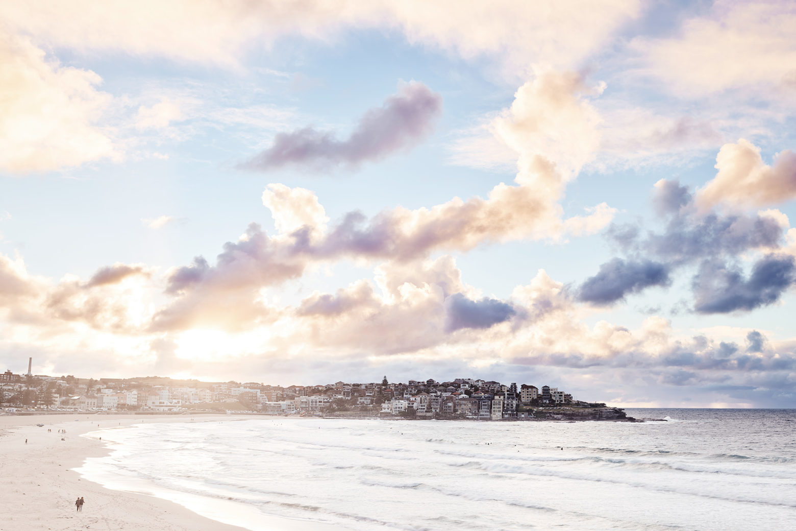 The constant battle between sun and clouds, Bondi Beach