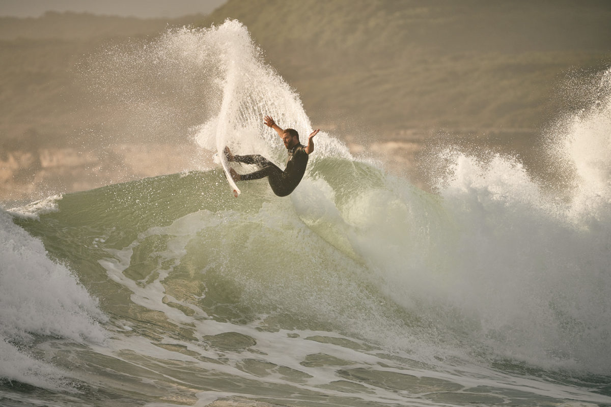 Blake Thornton, all powered up and chucking buckets, Maroubra