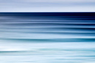 Swell lines from the beginning on this giant swell series