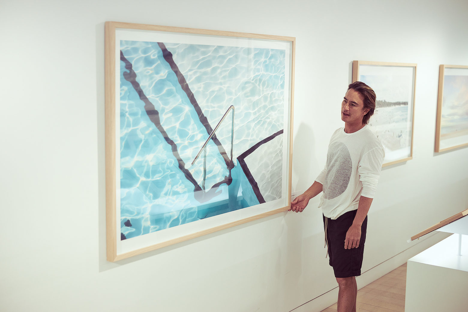"""Uge in front of """"Step into Blues"""" Icebergs"""