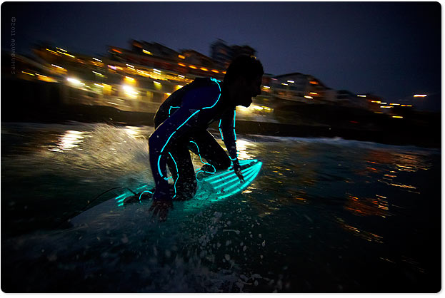 Last night, Bondi 9pm - Tron, bottom turn