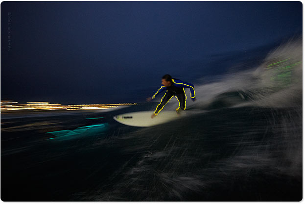 Wal, the night surfing pro