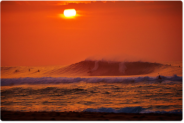 Pipeline, sunset - best time