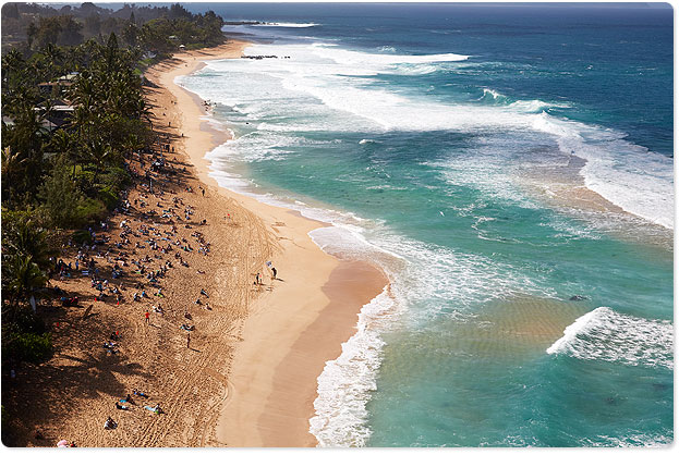Pipeline from above, the Volcom Pro is on now