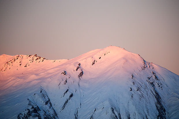 1st light pinks near Treble Cone
