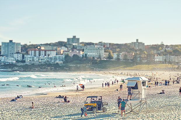 A section of the beach I rarely shoot - no mans land, mid Bondi